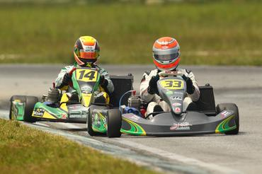 Nelsinho Piquet (kart 33) foi campeão em Interlagos na Graduados