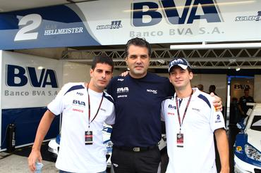 Júlio Campos, Carlos Chiarelli (chefe da equipe) e Alan Hellmeister
