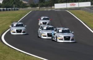 Pista movimentada nos treinos do Audi DTCC na capital paranaense