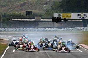 Kartistas de oito categorias disputarão títulos brasileiros em Interlagos