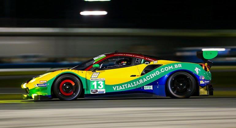 Francisco Longo, Marcos Gomes e VIctor Franzoni vão pilotar este Ferrari 488 GT3 (IMSA)