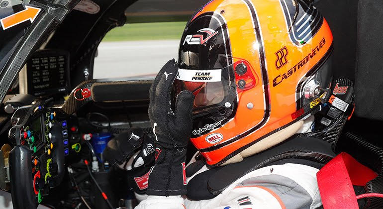 Helio Castro Neves vai acelerar um Accura NXX da equipe de Roger Penske (IMSA)