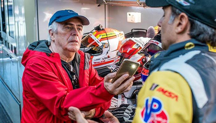 O colunista e Christian durante uma entrevista em Daytona (José Mário Dias)
