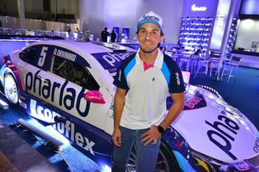 Denis Navarro (foto:  Fernanda Freixosa)