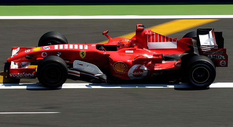 Cinco títulos de Michael Schumacher o fazem o maior vencedor da equipe de Maranello (Ferrari)