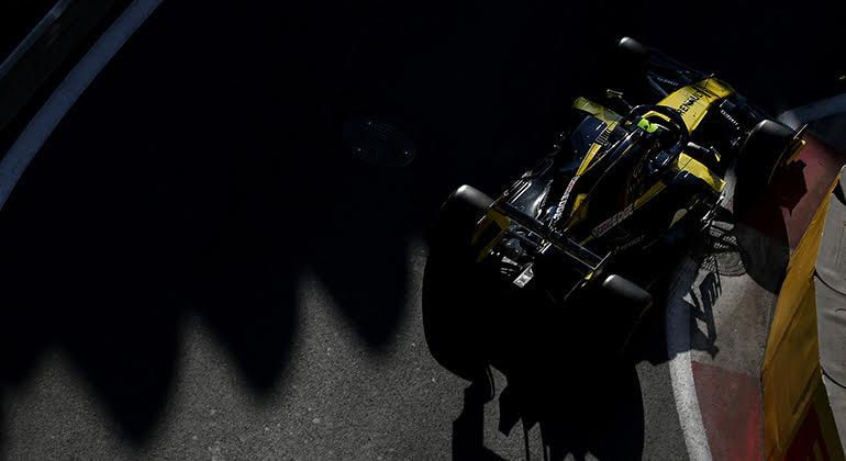 Daniel Ricciardo ainda enfrenta adaptação ao seu novo time (Renault)