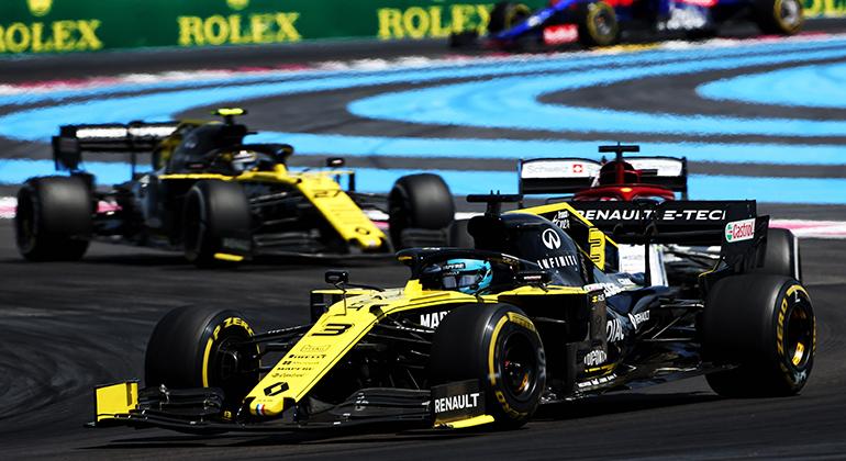 Daniel Ricciardo: caiu de sétimo para décimo-primeiro por dar emoção a uma corrida sonolenta(Renault)
