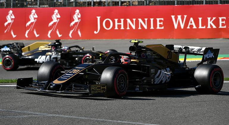 Kevin Magnussen (20) tem mais chances de permanecer na equipe Haas que Romain Grosjean (Haas)