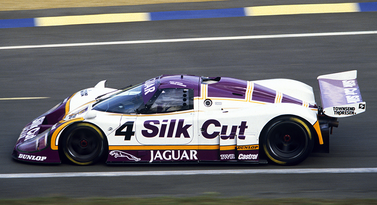 Raul Boesel conquistou o Campeonato Mundial de Carros Esportes pilotando este protótipo XJR-9 (Jaguar)