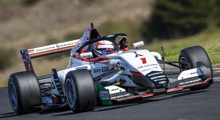 Carros da Toyota Racing Series usam chassis Tatuus FT40 equipados com motor Toyota 2.0 de 270 cv (TRS)