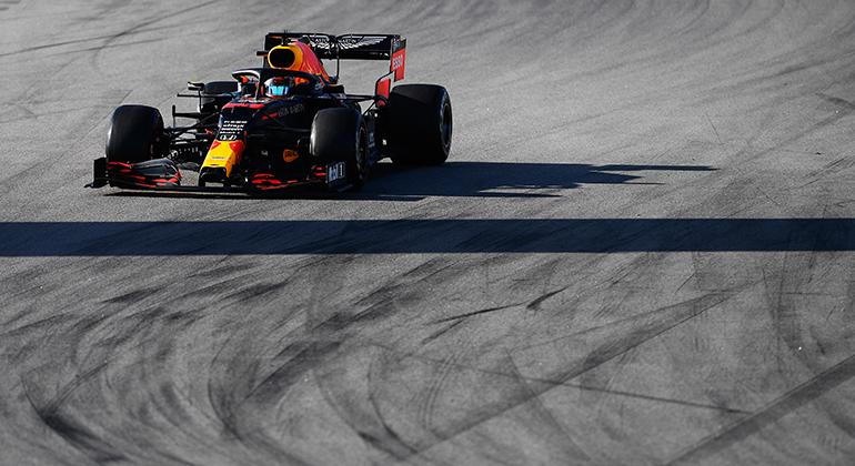 Max Verstappen trabalhou no acerto fino e foi o segundo mais rápido da pré-temporada (RBCP/Getty Images)