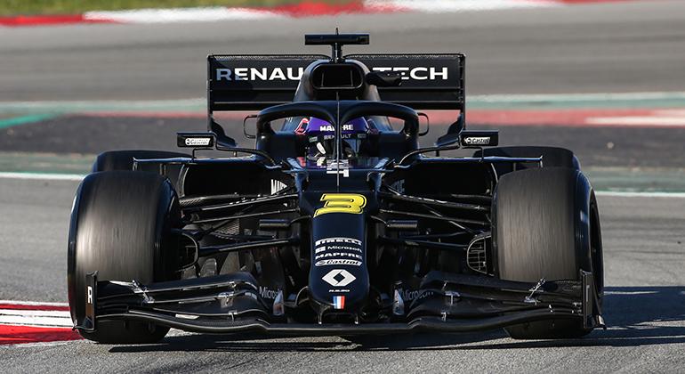 """Daniel Ricciardo está animado mas mantém os pé no chão: """"Austrália vai mostrar onde estamos """"(Renault)"""