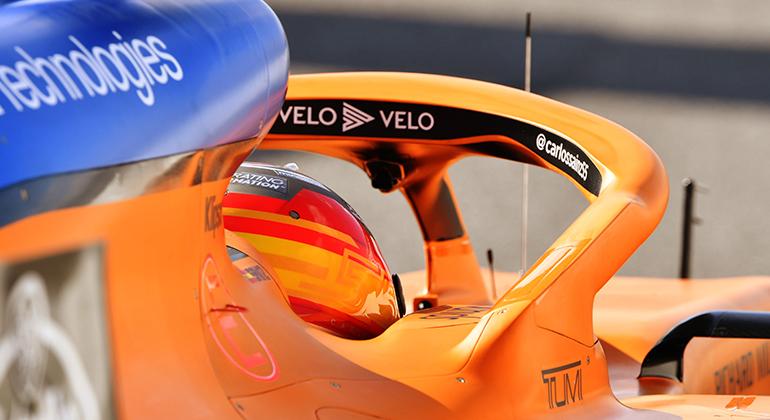 Carlos Sainz mostrou que segue melhorando e ficou entre os top 10 (McLaren)