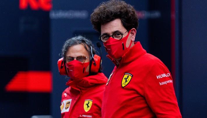 Mattia Binotto (D) tem a dificil tarefa de recolocar a Ferrari o caminho da vitória (Ferrari)