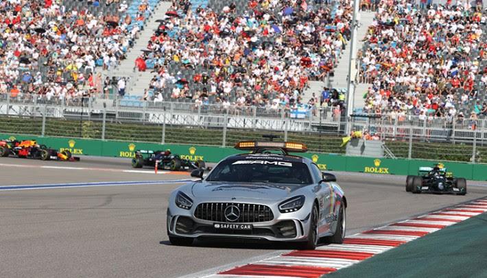 Uso do Safety-Car é uma das ferramentas que Michael Masi utiliza com frequência (Mercedes)