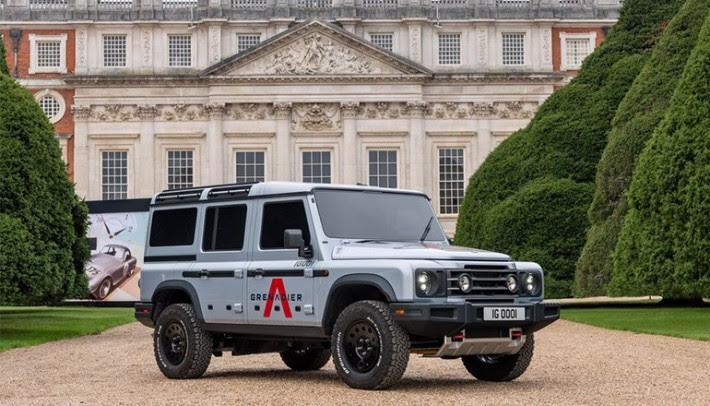 A Land Rover negou-se a vender o projeto do Defender e Ritcliffe criou seu próprio 4x4 (Grenadier)