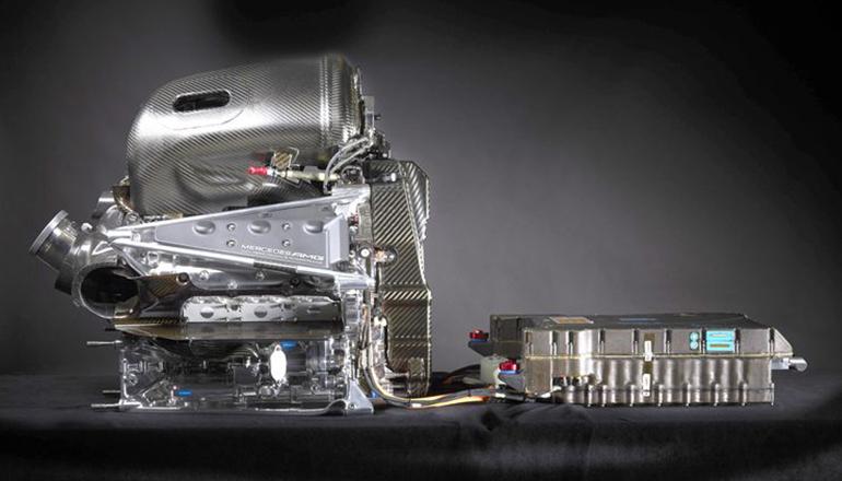 Mercedesequiparátrês equipes além da sua: Aston Martin, McLaren e Williams (Mercedes)