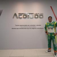 Júlio Campos em visita a AçoTubo (Divulgação/MS2)